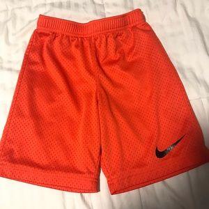 Youth kids Nike Shorts Orange size 6-7